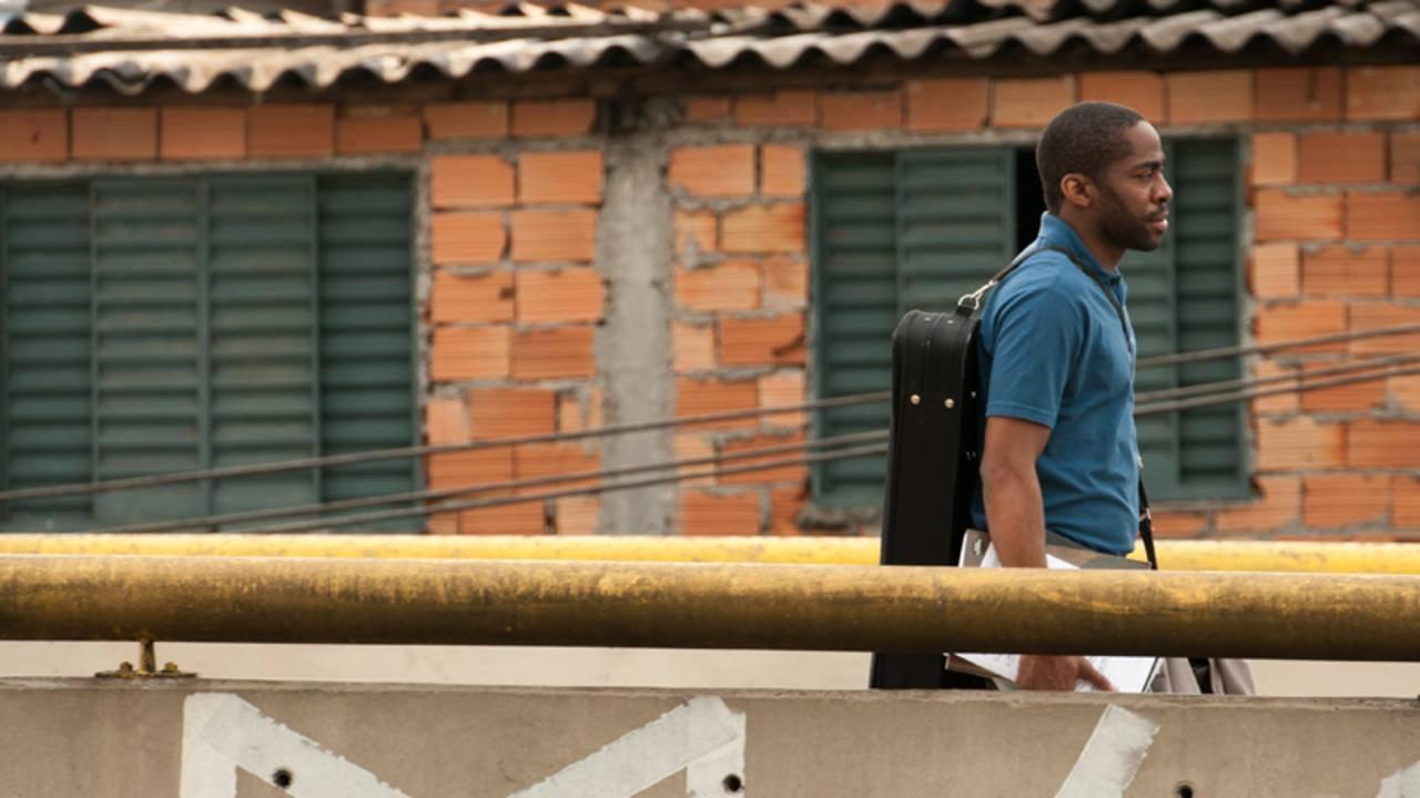 Cinemanet el profesor de violín favela Sergio Machado